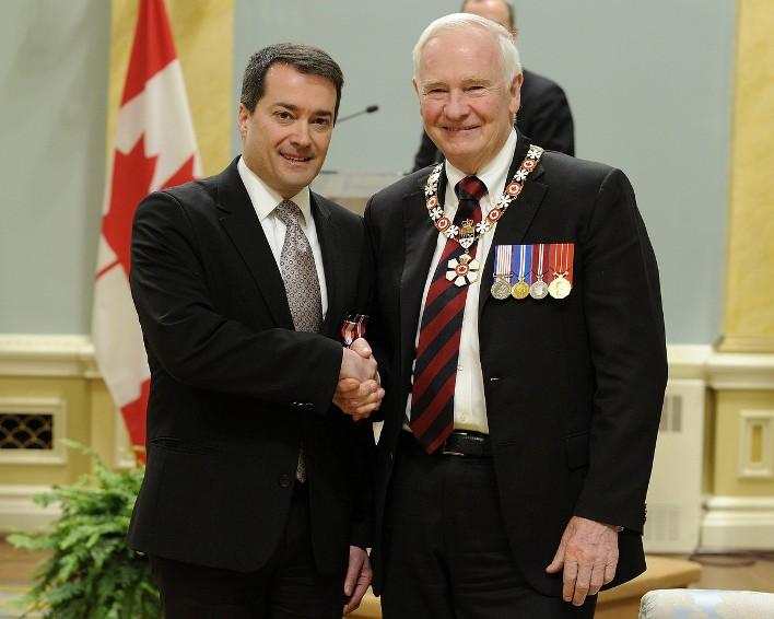 Jacques Lacombe et le gouverneur général du Canada David Johnston